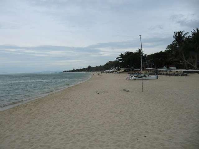 Lamai Beach rechtsseitig